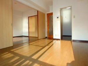 ライオンズマンション菊名第3102号室の室内