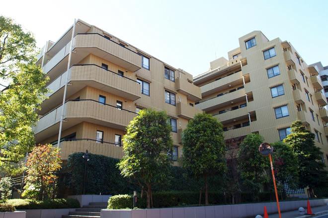 赤坂アパートメントの外観写真